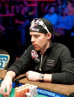 10 najboljih ruka na Main Eventu World Series of Poker 2010. 104
