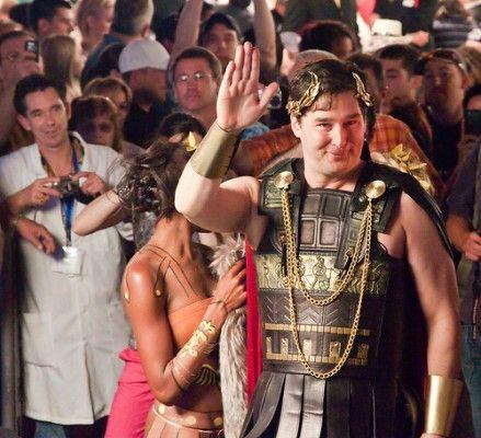 Фил Хельмут – Цезарь.