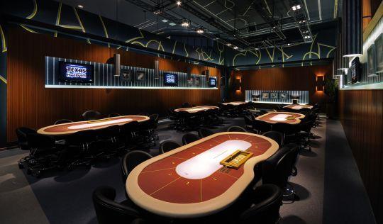 Καινούριο poker room στο Regency Thessaloniki 102