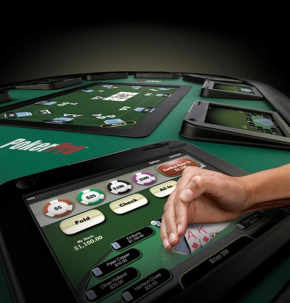 PokerNews klausia: Ar gali pasiteisinti pokerio klubai su elektroniniais stalais? 101