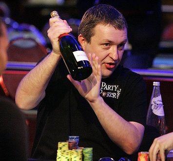 Divoký týden ve světě pokeru (15. týden 2011) 101