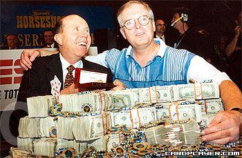 В 1995 Дэн Харрингтон одержал победу в Главном турнире WSOP