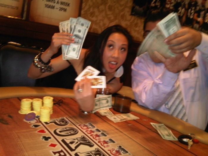 Kristy Arnett - Champion of Bill's Gamblin' Hall Daily $30 NLH Tournament