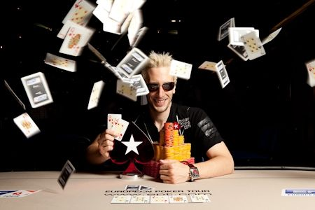 """Weekly Turbo: Cobertura ESPN das WSOP 2011 """"Quase"""" Ao Vivo, o Novo Número 1 e Mais 104"""