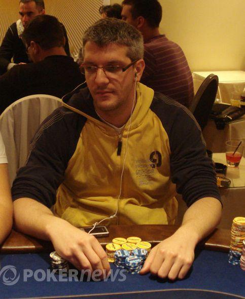 Miloš Vega Brajović - 446,000