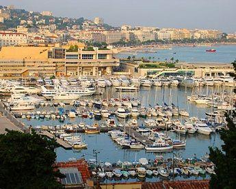 Wysoki poziom życia w Cannes podczas WSOPE-E