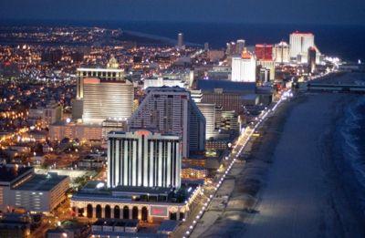 Ne visai rimtai: gražiausi pokerio miestai 102