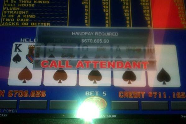Da li je Huck Seed zaista osvojio 1.000 na poker aparatu? 101