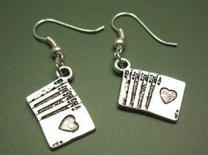 Poker niezbyt serio: Pokerowa biżuteria 105