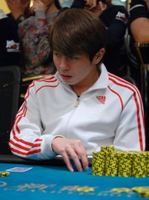 Macau Poker Cup 메인 이벤트의 우승자는 Patrik Kar Keng Lee 101