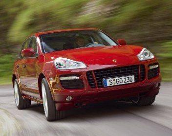 Automobilis Porsche - viena brangiausių VIP parduotuvės prekių