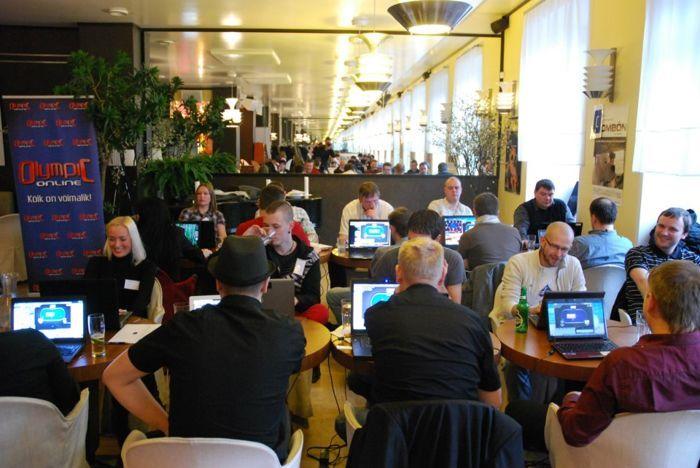 Võrgupidu või pokkeriturniir? Kohvikusse Wabadus kogunes 60 mängijat.