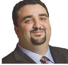Ray Bitar - Dyrektor w cieniu