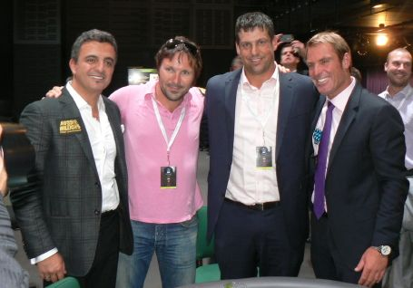 Joe Hachem & Shane Warne (on the far ends) with winner Glen McGregor (second from right) and runner-up Alain Borataud (second from left). Picture courtesy of pokermedia.com.au.