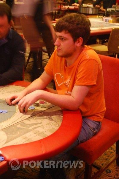 Audrius gyvu pokerio mėgaujasi retai, tačiau mums pavyko jį sutikti praėjusių metų Lietuvos komercinio pokerio čempionate.