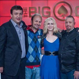 "Tony G kartu su Danieliu Negreanu, Elizabeth Houston ir Davidu ""Viffer"" Peatu"