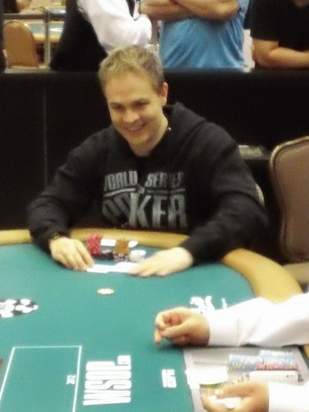 All Mucked Up: 2012 World Series of Poker Day 7 Live Blog 104