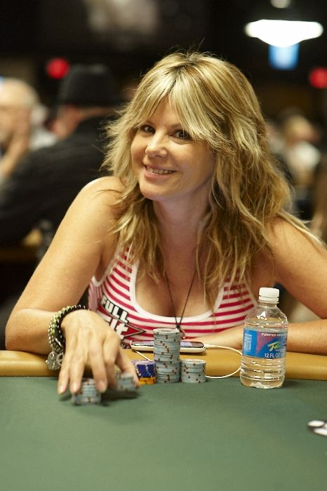 All Mucked Up: 2012 World Series of Poker Day 7 Live Blog 106