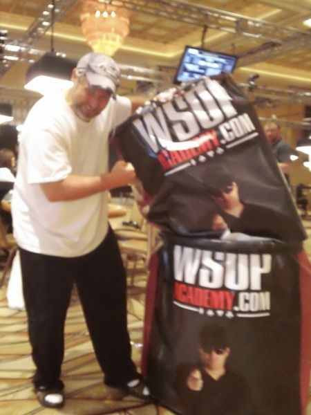 All Mucked Up: 2012 World Series of Poker Day 8 Live Blog 107