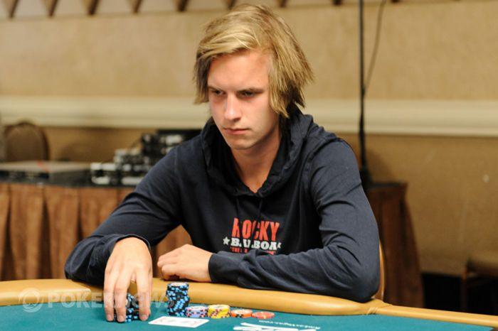 Viktor Blom ve svém prvním WSOP turnaji neuspěl a to rozehrál svoji královskou disciplínu!