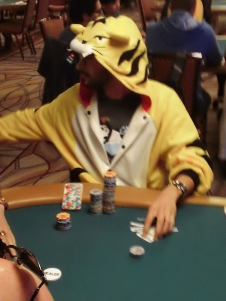All Mucked Up: 2012 World Series of Poker Day 14 Live Blog 105