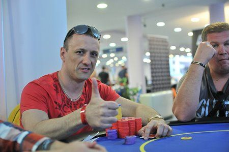 Algirdas Saveikis ir Andrejus Jakovlevas (dešinėje) prisimins Eureka! pokerio turą Bulgarijoje dar ilgai.