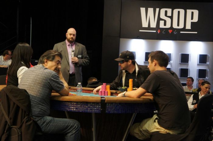 Hellmuth in Event #18