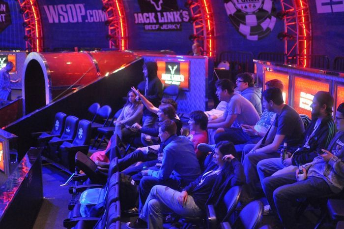 All Mucked Up: 2012 World Series of Poker Day 18 Live Blog 105