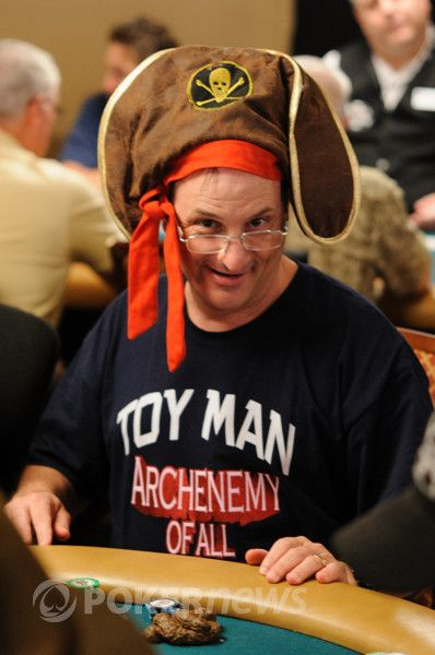 All Mucked Up: 2012 World Series of Poker Day 19 Live Blog 102