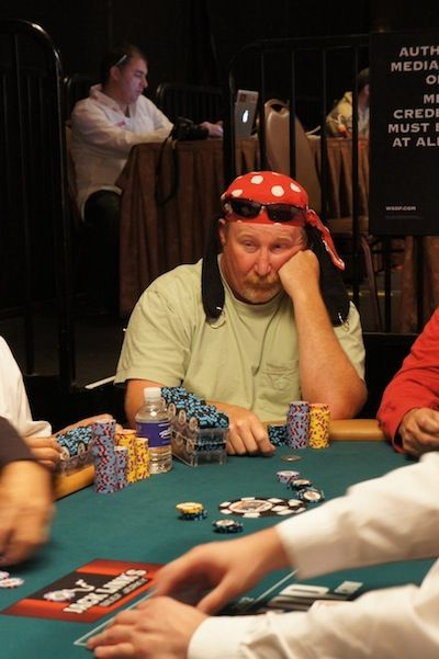 All Mucked Up: 2012 World Series of Poker Day 20 Live Blog 101