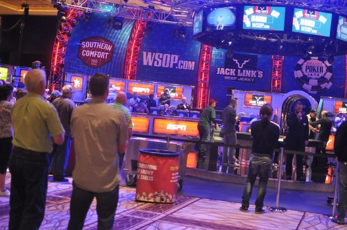 All Mucked Up: 2012 World Series of Poker Day 22 Live Blog 102