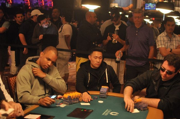 All Mucked Up: 2012 World Series of Poker Day 23 Live Blog 115
