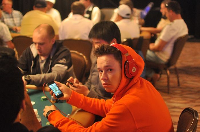 All Mucked Up: 2012 World Series of Poker Day 24 Live Blog 107