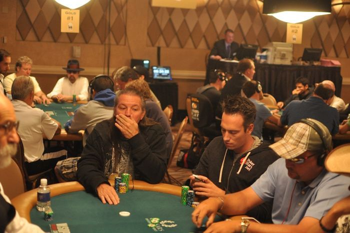All Mucked Up: 2012 World Series of Poker Day 24 Live Blog 113