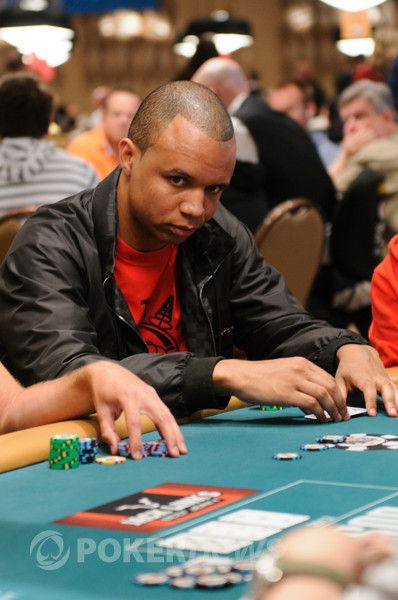 All Mucked Up: 2012 World Series of Poker Day 24 Live Blog 124