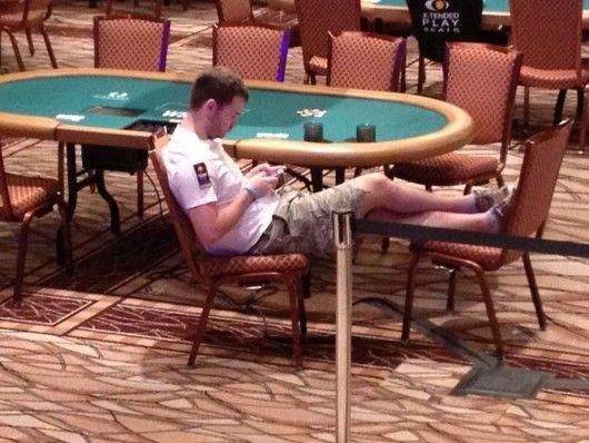 Mindenki elégedett az új székekkel a WSOP-n 101