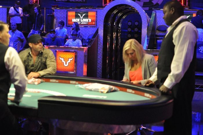 All Mucked Up: 2012 World Series of Poker Day 29 Live Blog 101