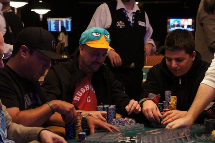 All Mucked Up: 2012 World Series of Poker Day 29 Live Blog 109