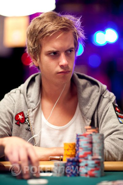 All Mucked Up: 2012 World Series of Poker Day 30 Live Blog 109