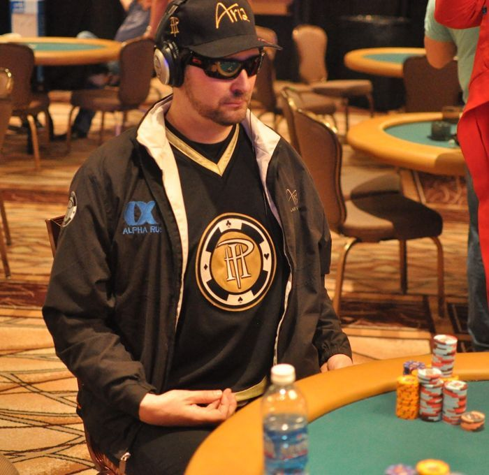 All Mucked Up: 2012 World Series of Poker Day 30 Live Blog 112