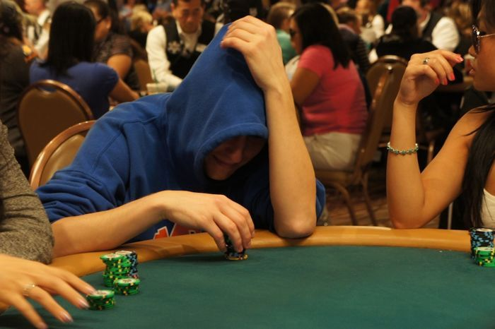 All Mucked Up: 2012 World Series of Poker Day 33 Live Blog 104