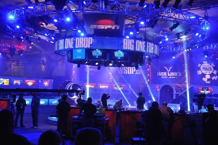 All Mucked Up: 2012 World Series of Poker Day 35 Live Blog 101