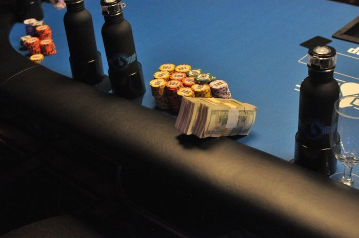All Mucked Up: 2012 World Series of Poker Day 35 Live Blog 105