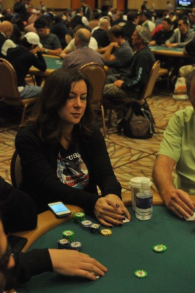 All Mucked Up: 2012 World Series of Poker Day 36 Live Blog 107