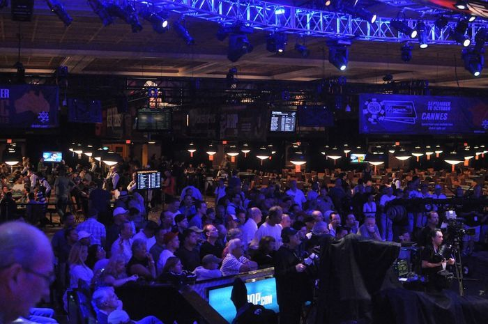 All Mucked Up: 2012 World Series of Poker Day 37 Live Blog 104