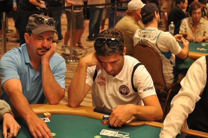 All Mucked Up: 2012 World Series of Poker Day 42 Live Blog 104