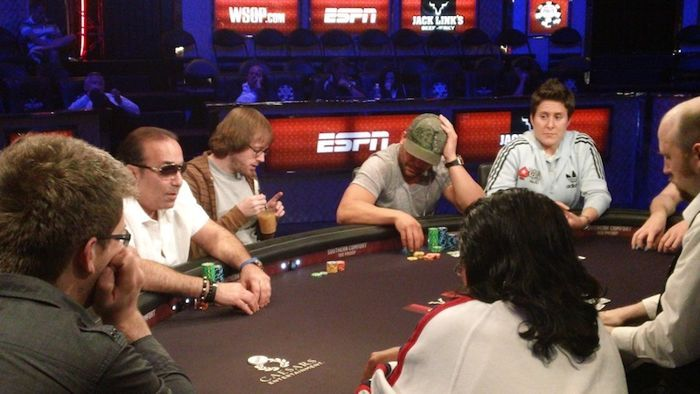 All Mucked Up: 2012 World Series of Poker Day 42 Live Blog 124