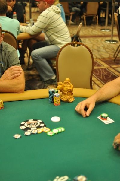 All Mucked Up: 2012 World Series of Poker Day 43 Live Blog 108