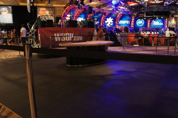All Mucked Up: 2012 World Series of Poker Day 43 Live Blog 113