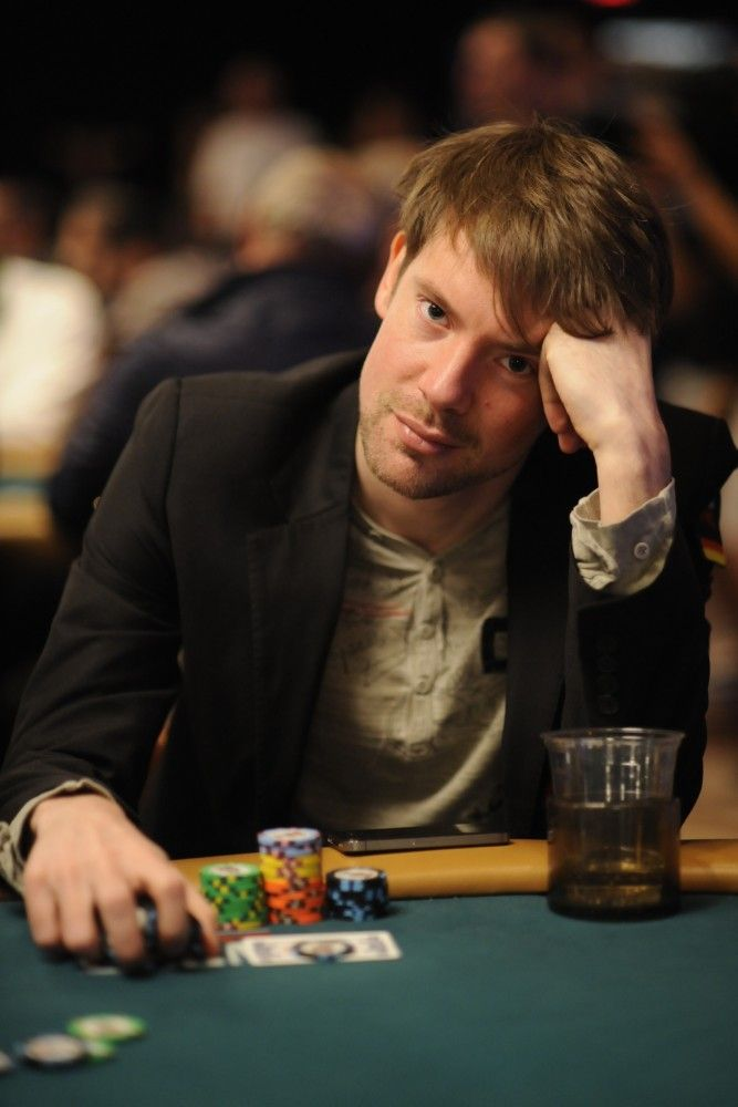 All Mucked Up: 2012 World Series of Poker Day 44 Live Blog 101